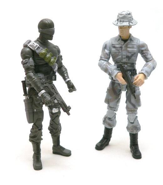 gijoe_pit_trooper_bottom