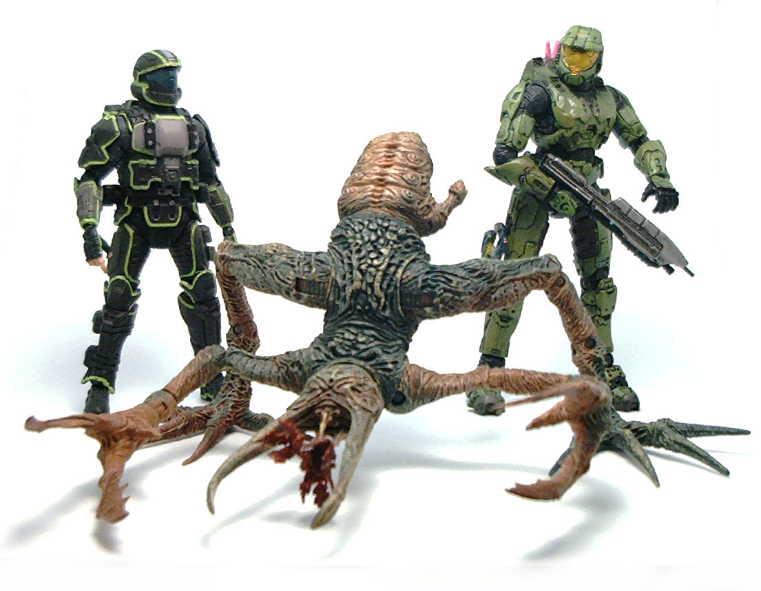 Flood Pure Form Stalker HALO Action Figure Review | TV and Film Toys