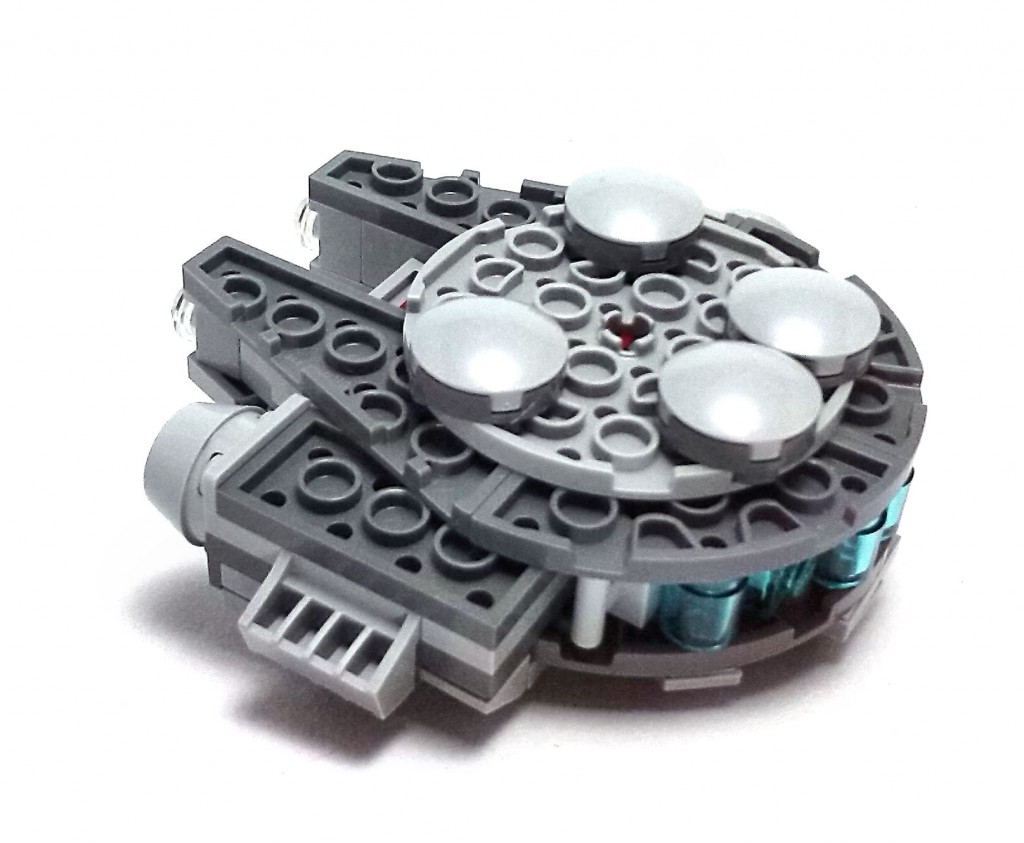 Millennium Falcon Micro Fighter (7)