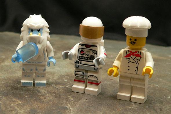 astronaut_trio